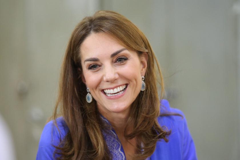 Katalin hercegné népviseleti ruhában - Dianáról emlékezett meg benne