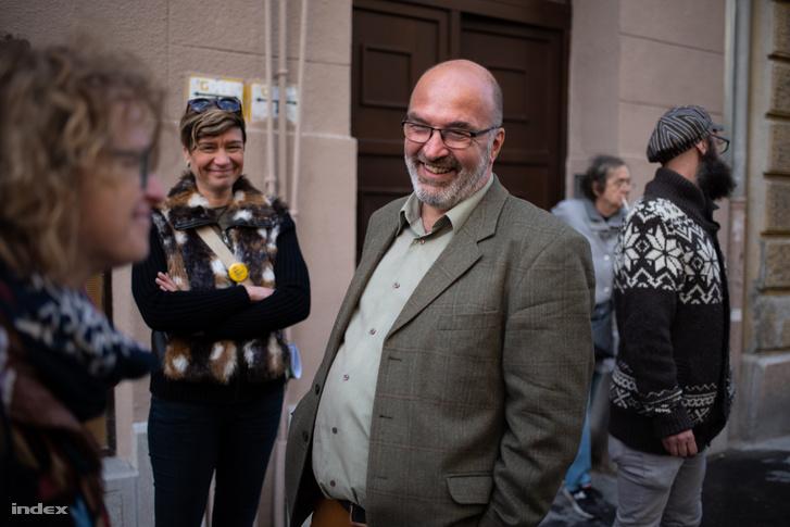 Pikó András egy józsefvárosi sajtósétán 2019-ben