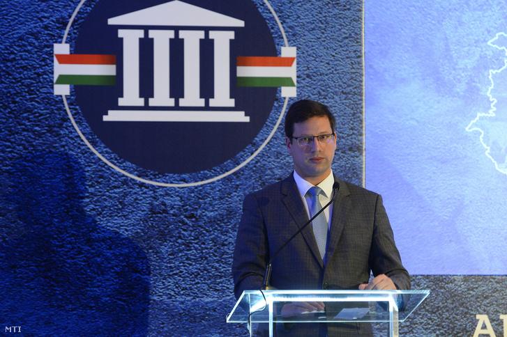 Gulyás Gergely, a Miniszterelnökséget vezető miniszter a Két nappal október 13. után című konferencián a fővárosi Corinthia Hotelben 2019. október 15-én.