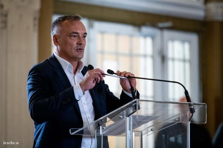 Borkai Zsolt sajtótájékoztatója Győrben 2019. október 15-én, amelyen bejelentette, hogy kilép a Fideszből.