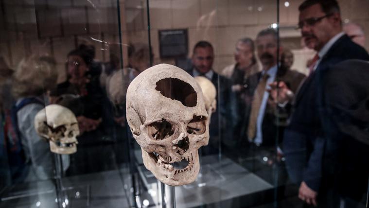 Kásler bevitte az ősmagyarokat a Természettudományi Múzeumba