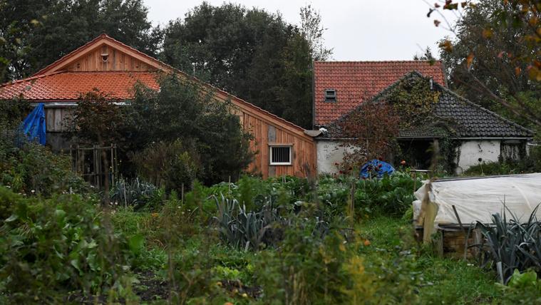 Őrizetbe vettek egy osztrák férfit a pincébe zárt holland család ügyében