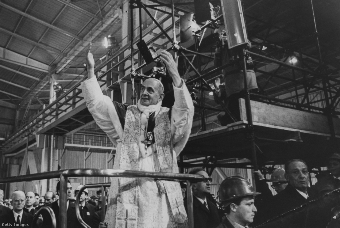 VI. Pál pápa éjféli miséje 1968 karácsonyán az acélműben - erős és hatásos gesztus volt.