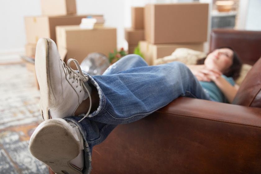 Miért olyan nehéz elköltözni otthonról? Ilyen problémákkal szembesülnek a magyar fiatalok
