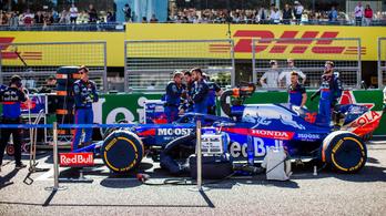 Eldőlt: új nevet kap a Toro Rosso