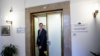 Karácsony kezdeményezi, hogy Tarlós István és Demszky Gábor is Budapest díszpolgára legyen