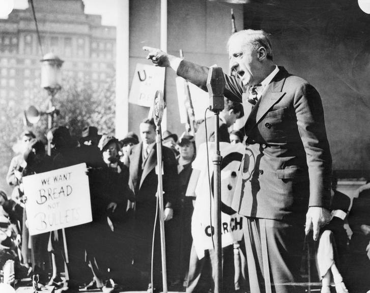 Smedley Butler egy tüntetésen
