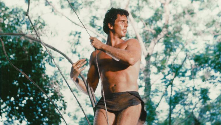 Saját fia késelte halálra a Tarzan színészének feleségét
