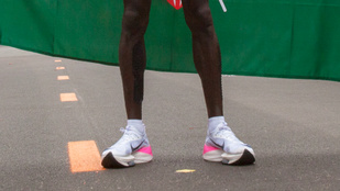 Betiltatnák a két órán belüli maraton mágikus cipőjét