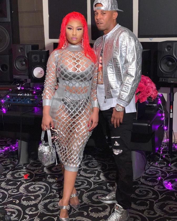 Lehet, hogy azt nyilatkozta Nicki Minaj, hogy visszavonul a zeneiparból, de az még nem jelenti azt, hogy nem ad hírt magáról