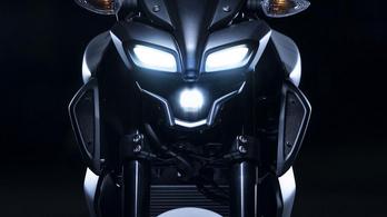 A Yamaha tudja a tutit: változó szelepvezérlés és széles gumi