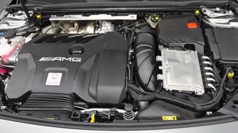 AMG: V8-as helyett négyhengeres hibrid?
