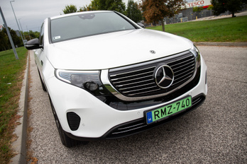 Mercedes-Benz EQC 2019