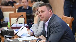 Lackner Csaba felfüggesztette tagságát az MSZP-ben