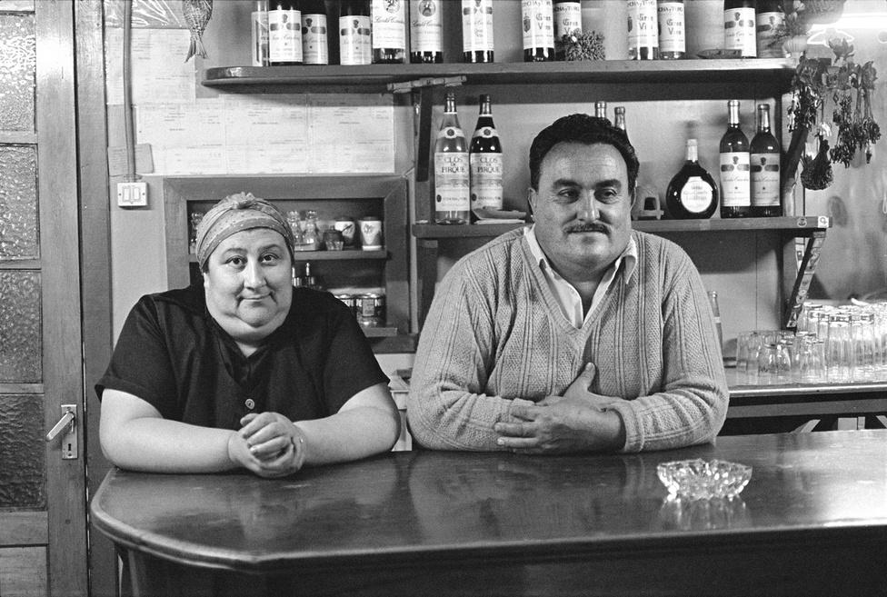 Bar La Sirena, Chonchi Az 'Emberek' sorozatból 1984. Paz Errázuriz © Paz Errázuriz. VEGAP. Madrid, 2012