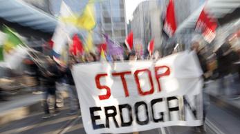 Többezres tüntetés készülődik Erdoğan budapesti látogatására
