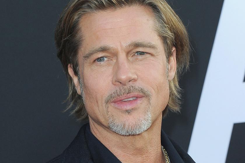 Brad Pitt őrülten szexi a friss fotóján - Dagadó izmai szétfeszítik a pólóját