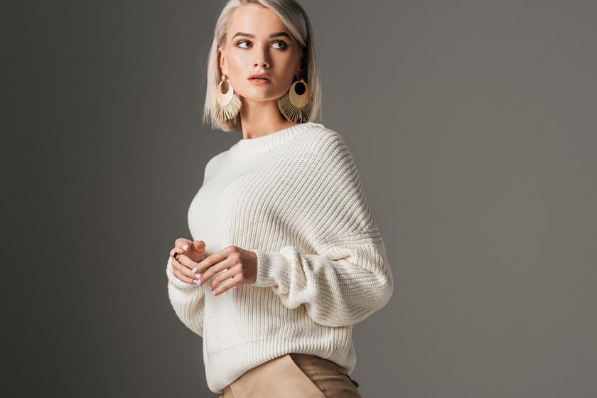 Meleg, nőies és kényelmes kötött pulcsik körképe 8 ezer forint alatt: pihe-puha darabok
