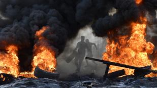 Lángokban Bejrút, miután a kormány meg akarja adóztatni a WhatsAppot