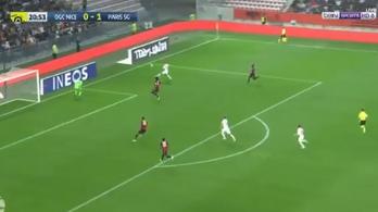 Di María egyetlen érintésből emelt óriási gólt a PSG-ben