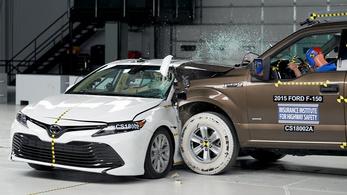 A városi terepjáró 28 százalékkal gyilkosabb, mint egy hagyományos személyautó