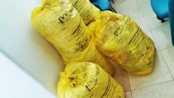 Ledarált iratokkal tömött zsákokra bukkant a megválasztott ellenzéki polgármester