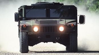 VIllanyautóként térhet vissza a Hummer