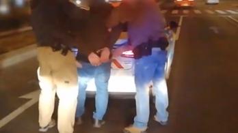 Betörtek egy lakásba, pénzt loptak, tíz perc múlva letartóztatták őket
