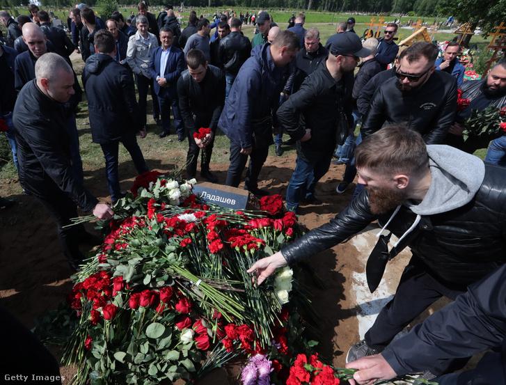 Makszim Dadasev temetése Szentpéterváron, 2019. augusztus 4-én