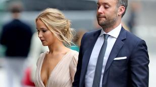 Jennifer Lawrence férjhez ment, megvolt a lagzi
