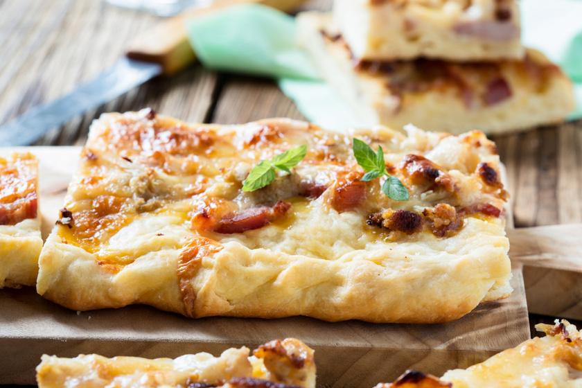 Karfiolos, baconös lepénykenyér sok sajttal: egyszerűbb, mint a pizza
