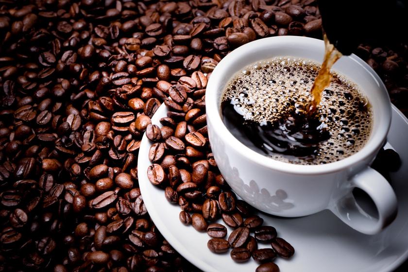 Mégsem teszi tönkre az esti kávé az éjszakai pihenést? Meglepő, amit a tudósok állítanak