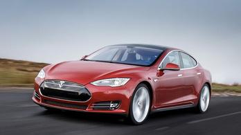 Elpusztítja magát a Tesla elektronikája?