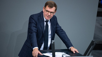 CDU: A magyar kormány döntse el, hogy elhagyja-e az Európai Uniót