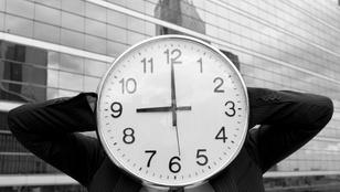 Tényleg szükséges évente kétszer átállítani az órát?