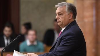 Orbán a jobbikosoknak: Nyugalom, kisnyilasok, nyugalom!
