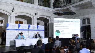 Baranyi, V. Naszályi, Déri és Pikó polgármesterré választását is rendben találta az FVB