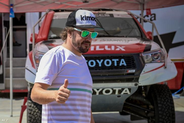 Alonso Toyotával megy a Dakarra