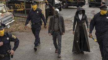 A Watchmen a feje tetejére állítja a múltat és jelent