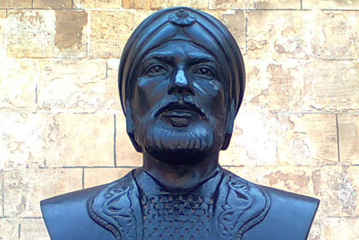 Szajf ad-Dín Kutuz szobra