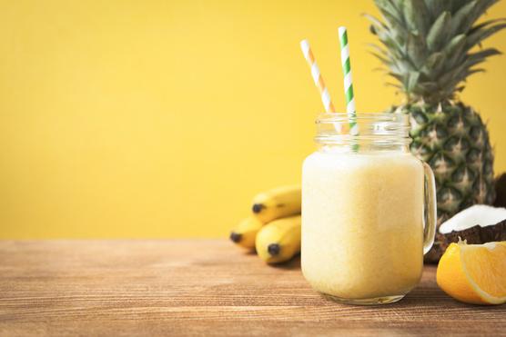 Ha két személyre készül, üsd fel egy kis ananászlével.