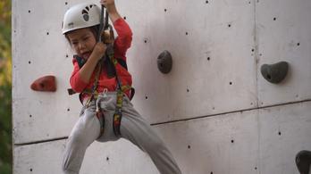 Gyerekek, akik keményen küzdik fel magukat a vörös csillagig
