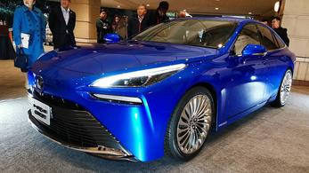 Egy Toyota, ami végre teljesen más!