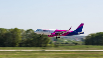 Egy napja késik a Wizz Air római járata
