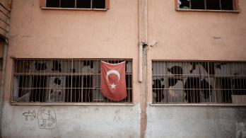 A Fidesz is megszavazta a Törökország ellen javasolt uniós szankciókat