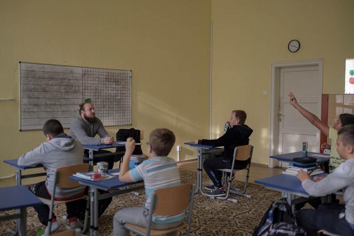 ez-az-iskola-nem-mondott-le-az-oktatas-fekete-baranyairol-8