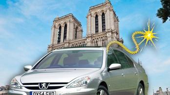 Hogyan kéne felrobbantani a Notre Dame-ot egy Peugeot 607-essel?