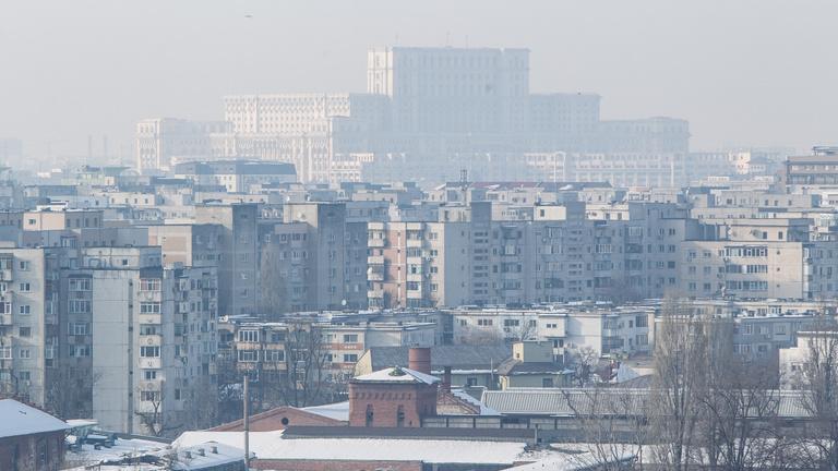 Bukarest durván korlátozza a legszennyezőbb kocsik behajtását a városba