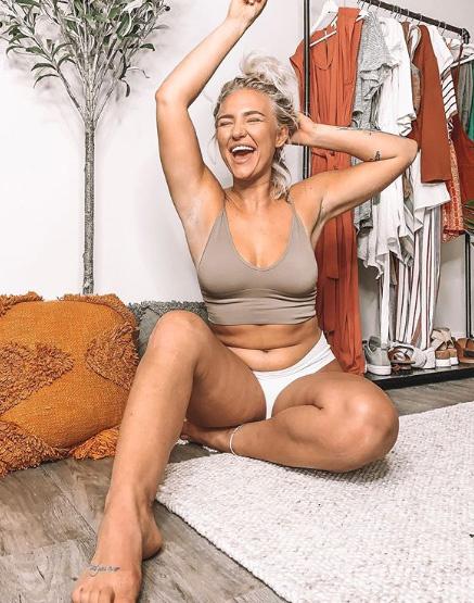 A blogger már megtapasztalta, mennyi szenvedést és nehézséget tudnak okozni a női testtel kapcsolatos elvárások.
