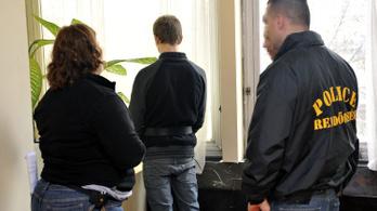 Hét évvel csökkentették a kakucsi M. Vivien gyilkosának büntetését